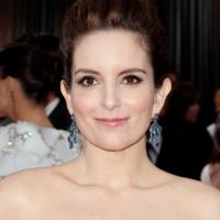 30 ROCK's Tina Fey & Tracey Wigfield Win 2013 Emmy for Outstanding Writing for a Comedy Series