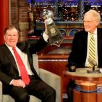 First Look - Patriots Coach Bill Belchick Visits CBS's LETTERMAN Tonight