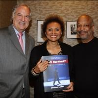 Photo Flash: Leslie Uggams, Sheldon Epps and More Celebrate Stewart Lane's 'BLACK BROADWAY' at Barnes & Noble