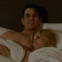 BWW Recap: Gloria's Sister Visits, Juliana Meets Phil on a Valentine's MODERN FAMILY