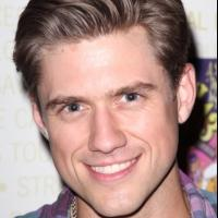 Aaron Tveit, Jesse L. Martin & More Set for STOCKINGS WITH CARE Benefit, 11/19