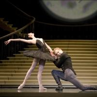 SWAN LAKE Plays Irvine Barclay Theatre This Weekend