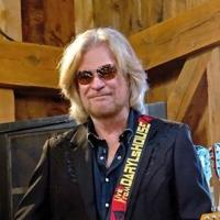 Daryl Hall Stars in DIY Network's DARYL'S RESTORATION OVER-HALL, Beg. Today