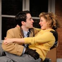 BWW Reviews: Effervescent BAREFOOT IN THE PARK Delights at Trinity Rep