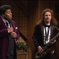 VIDEO: Martin Freeman Plays Holiday Gig on SNL