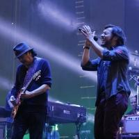SANTANA Joined by Musical Superstars at Arena VFG in Mexico