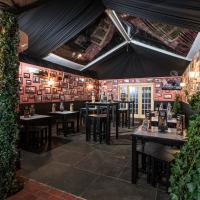 BWW Reviews: 100 MONTADITOS - Delightful Sandwiches and Much More