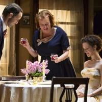 BWW Reviews: COME BACK, LITTLE SHEBA Marked by David Cromer's Magic Touch