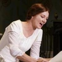 BWW Reviews:  Richardson Brings Ironic Nerdiness to THE BELLE OF AMHERST