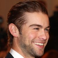 Chace Crawford to Guest, Chenoweth to Perform Pink Song on GLEE's 100th Episode