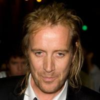 Rhys Ifans Cast in Showtime Pilot TRENDING DOWN