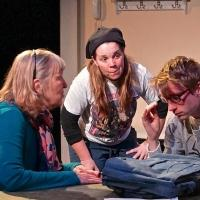 BWW Reviews: Madhorse Theatre Mounts Edgy Lindsay-Abaire Comedy