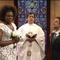 VIDEO: Martin Freeman at the Altar on Last Night's SNL