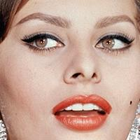 BWW Reviews: Sophia Loren Examines YESTERDAY, TODAY AND TOMORROW in New Book
