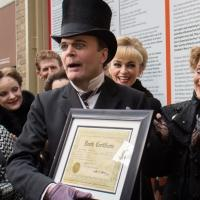 Photo Coverage: Jefferson Mays Celebrates 1000 Deaths in A GENTLEMAN'S GUIDE TO LOVE AND MURDER!