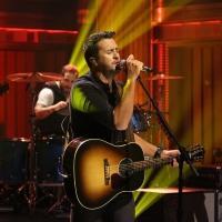 VIDEO: Luke Bryan Performs New Single 'Roller Coaster' on TONIGHT SHOW