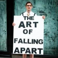 EDINBURGH 2014 - BWW Reviews: THE ART OF FALLING APART, Pleasance Courtyard, August 17 2014