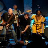 Johnny Clegg & Ladysmith Black Mambazo to Play Van Wezel, 3/23