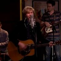 VIDEO: Beck Performs Country Down in Tommy's Dining Room