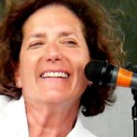 Julie Gold to Perform at Congregation M'kor Shalom, 4/19