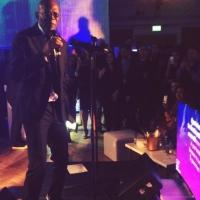 Samuel L. Jackson Sings Karaoke to Robyn's 'Show Me Love' at Charity Event
