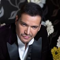Victor Manuelle to Premiere New Music Video 'Algo Le Pasa A Mi Heroe' Exclusively on Telemundo