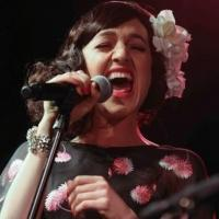 Photo Coverage: Tony Winner Lena Hall Makes Cafe Carlyle Debut!