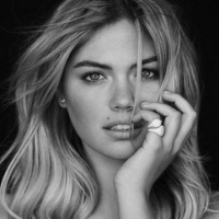 Kate Upton Possible Love Interest in ENTOURAGE Film?