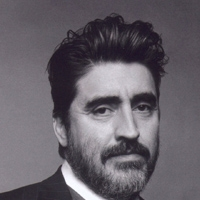 Alfred Molina Joins Cast of El Rey Network's MATADOR