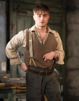 THE CRIPPLE OF INISHMAAN's Daniel Radcliffe Set for LIVE WITH KELLY AND MICHAEL Tomorrow