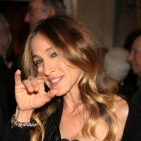 Photo Flash: Sarah Jessica Parker Performs from 'Annie' in White House Talent Show