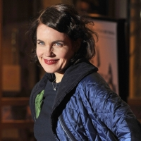 Elizabeth McGovern Hosts Smithsonian Channel's MILLION DOLLAR AMERICAN PRINCESSES, Beginning Tonight