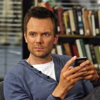 Joel McHale to Host Friars Club ESPN Roast of Sports Legend Terry Bradshaw