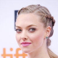 Amanda Seyfried Talks Fear of Singing Live, Off-Broadway Stage Debut & WICKED Movie Dreams