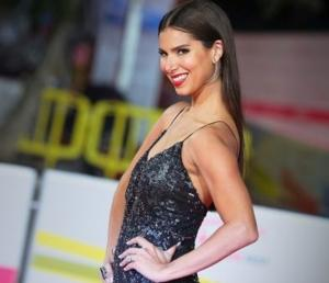 Roselyn Sanchez, Raul Gonzalez & Laura Flores Host BILLBOARD LATIN MUSIC AWARDS Tonight