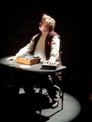 BWW Reviews: Beckett, Bananas, and Barkhimer Make REEL TO REEL Go Round