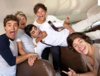 MTV Names ONE DIRECTION as 'Artist of the Year'; 'Call Me Maybe' as 'Song of the Year'