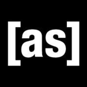 Scott Adsit Joins Oswalt & Sedaris in Cast of THE HEART, SHE HOLLER