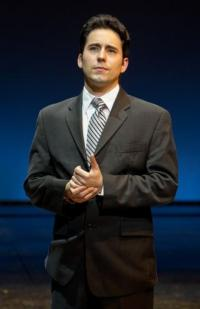 John Lloyd Young to Return to JERSEY BOYS Beginning January 11!