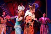 New-Years-Honours-SPAMALOT-Offers-Free-Tickets-To-Knights-And-Dames-20010101