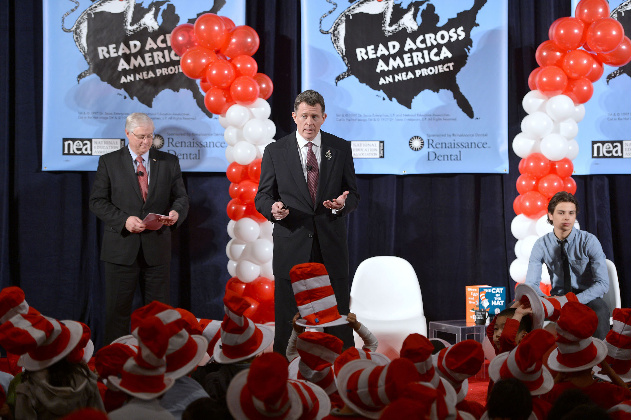 Read Across America Partners With Renaissance Dental to Encourage Children to Pick up a Book and a Toothbrush