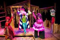 BWW Reviews: PETITE ROUGE: Cajun Little Red Brings Fun, Gumbo to All Ages