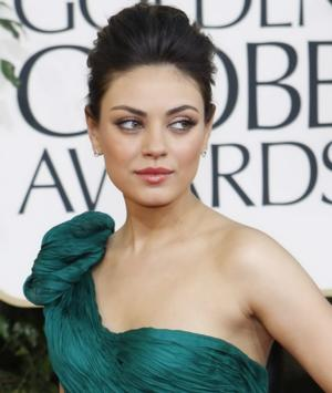 Mila Kunis, Kevin Bacon & More to Present at 71st GOLDEN GLOBE AWARDS