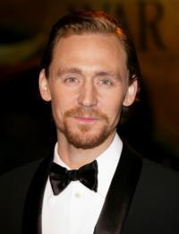 Tom-Hiddleston-20010101