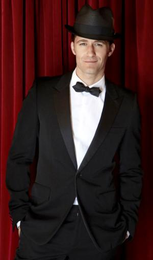 BWW Reviews: GLEE's Matthew Morrison Charms OC in Valentine's 'Homecoming' Concert
