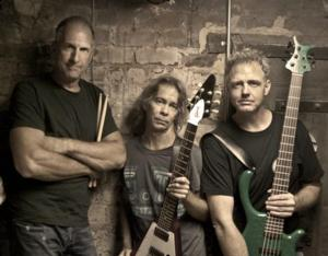 Tim Reynolds and TR3 to Play King Center Studio Theatre, 8/15
