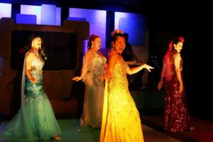 BWW Reviews: Sequined Ponies Save the Day in BRONIES! THE MUSICAL