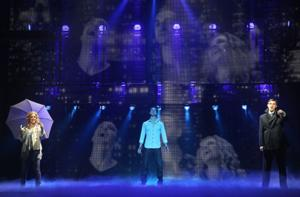 BWW Reviews: GHOST THE MUSICAL Makes West Coast Premiere at Pantages