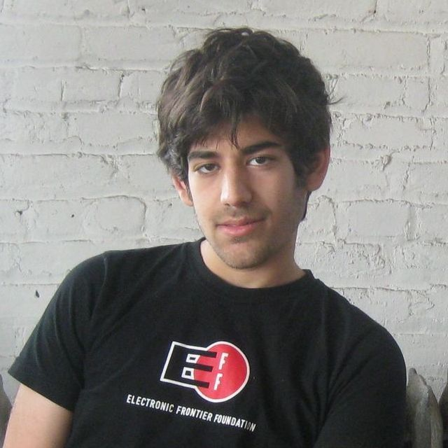 Sad News: Reddit Co-Founder Aaron Swartz Commits Suicide; Family Releases Statement & Online Will Discovered