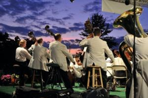The Rhode Island Philharmonic POPS Orchestra Presents Four Summer Pops-2014 Con­certs, 7/4-9/13
